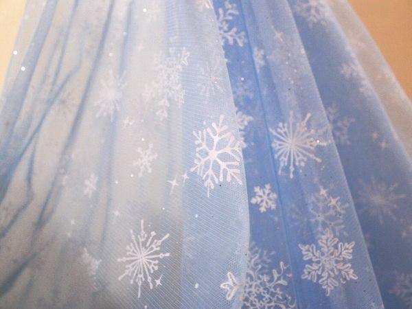 画像1: 幅145cm・チュール生地・雪の結晶・サックスブルー(50cm単位)