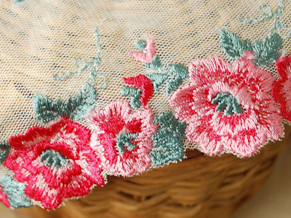 画像2: 9.5cm・刺繍チュールレース・両耳・赤&ピンク〔TU-L-179〕